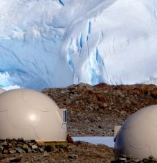 White Desert: a luxury and eco-friendly experience in the Antarctic